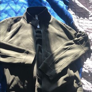 Mens zip jacket- LULULEMON